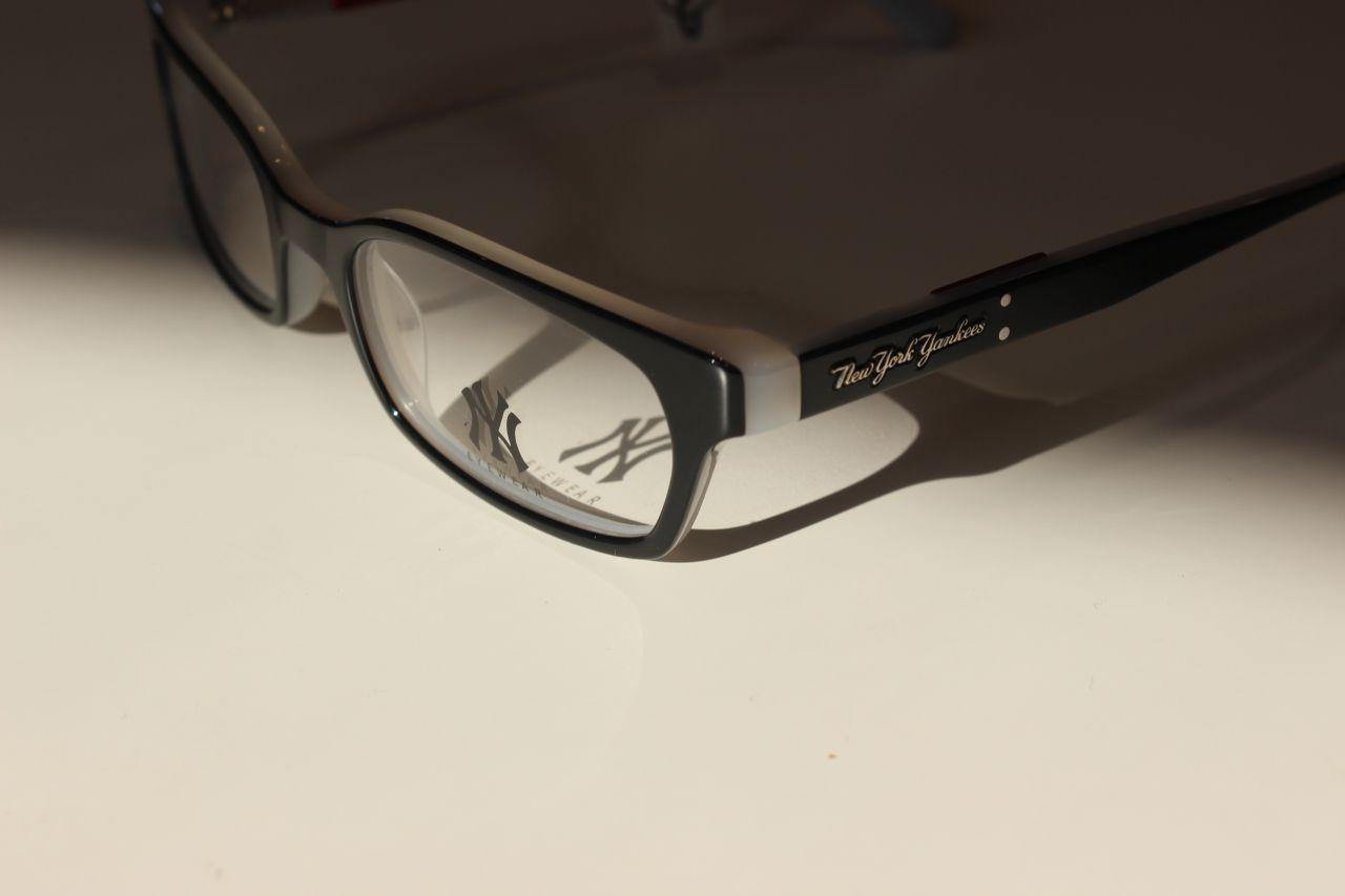 6174bc2ca4610 NEW YORK YANKEES NY AA010 C01 OPAL szemüveg